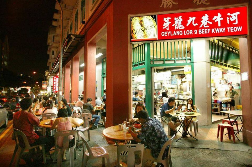 Geylang-night street-singapore7
