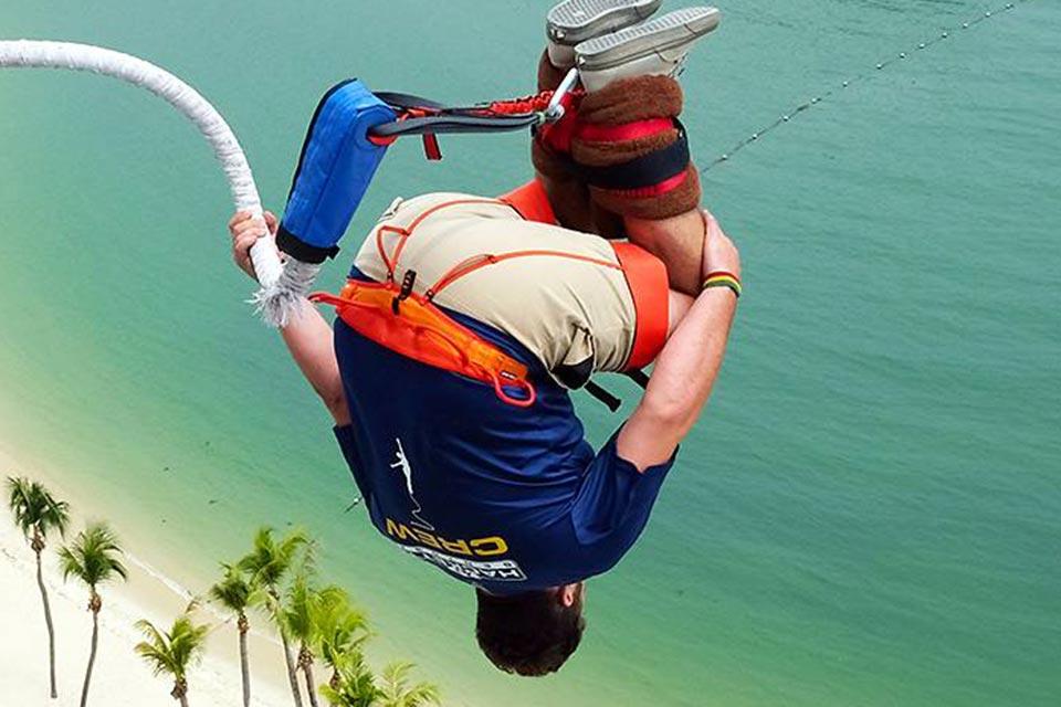 bungee-jump-sentosa-singapore