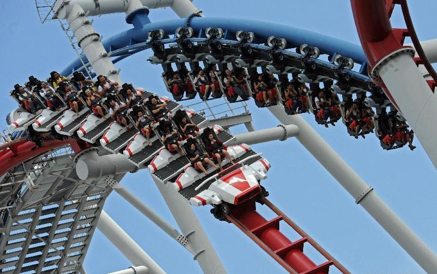 roller coaster at Universal Studios Singapore2