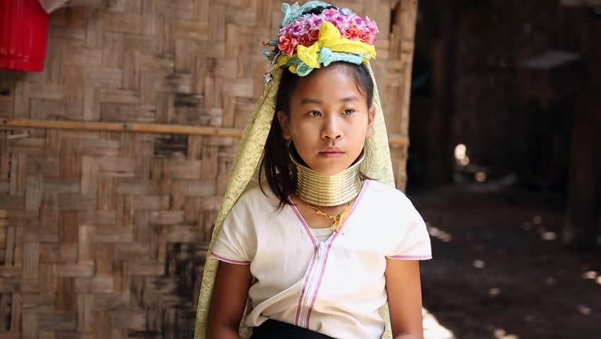 long neck women of Thailand-chiangmai-thailand2