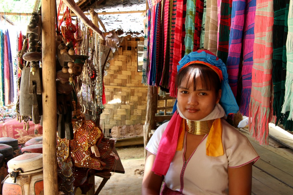 long neck women of Thailand-chiangmai-thailand22