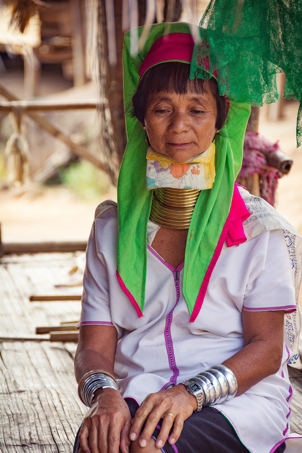 long neck women of Thailand-chiangmai-thailand5 karen village chiang mai karen village thailand karen long neck village chiang mai