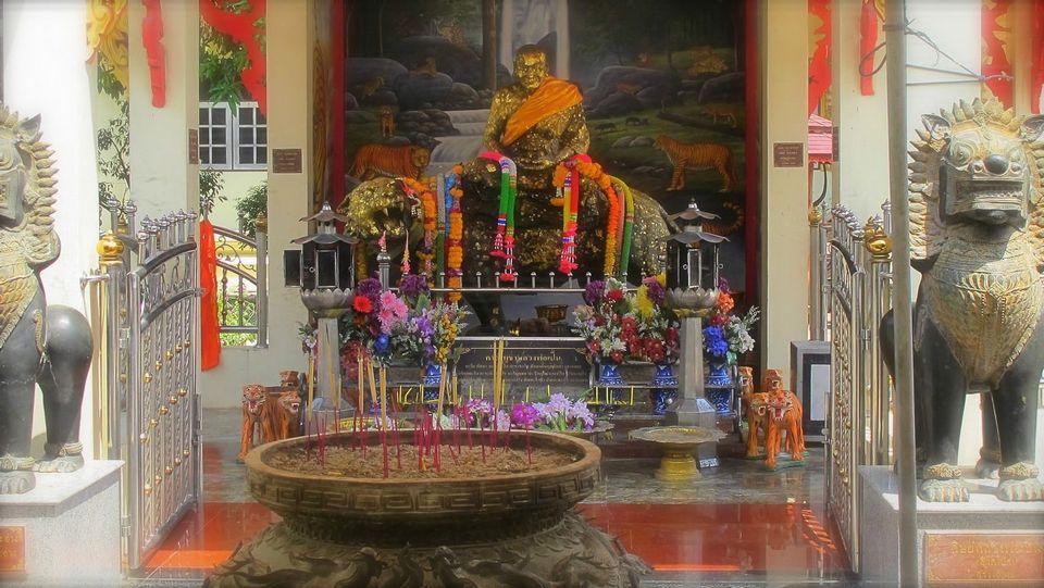 Mae Nak Phra Khanong-bangkok-thailand13 ghost of mae nak mae nak phra khanong mae nak shrine mae nak temple