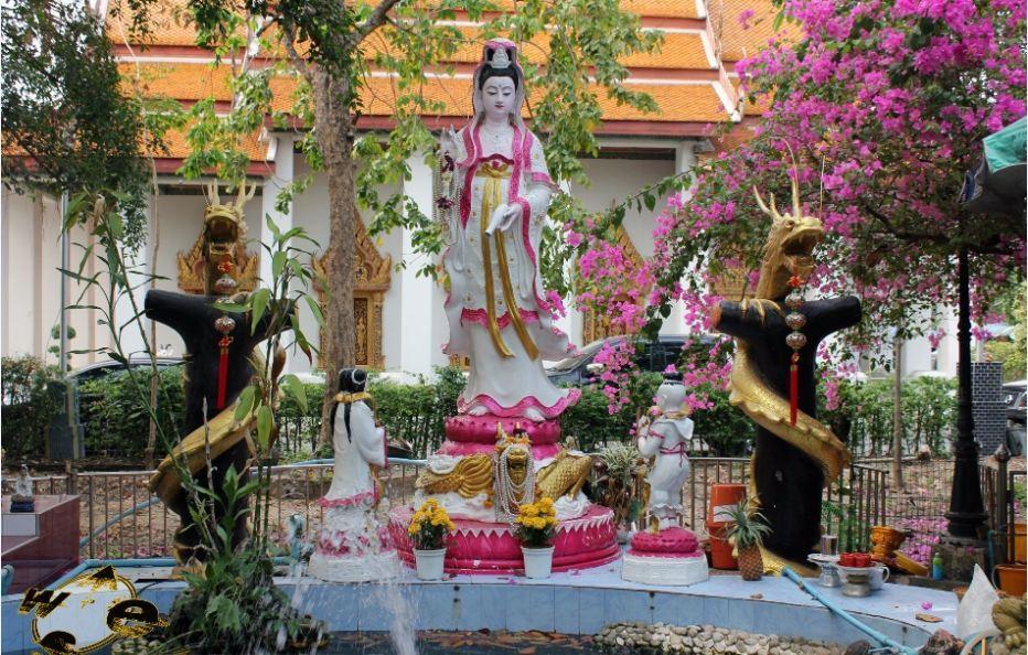 Mae Nak Phra Khanong-bangkok-thailand5