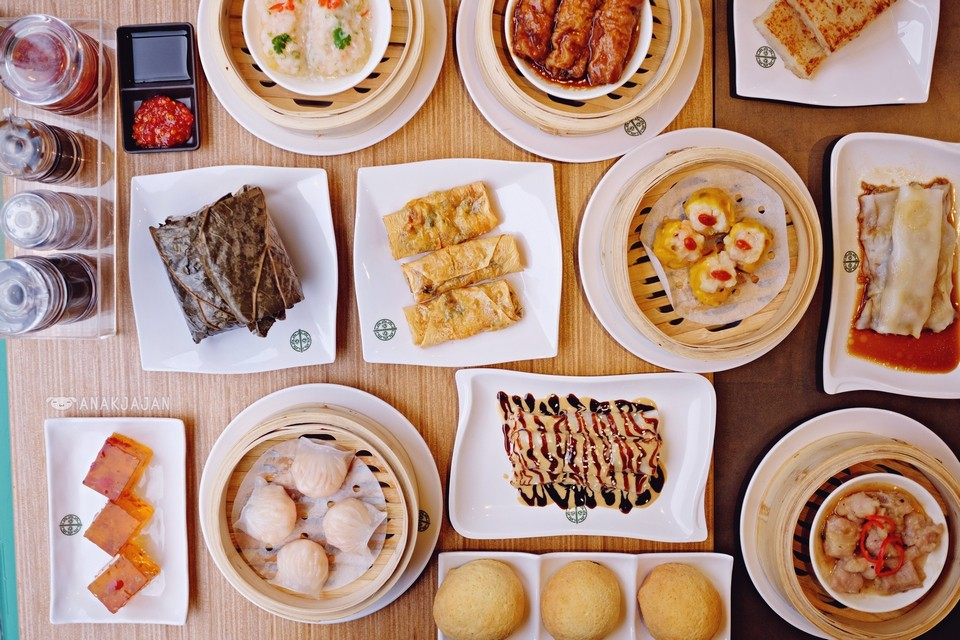 The famous dimsum restaurant Tim Ho Wan aka the cheapest Michelin star restaurant