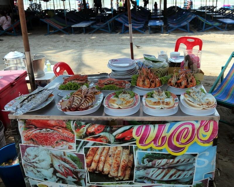 Bang Saen Beach-things to do in pattaya beaches-thailand4