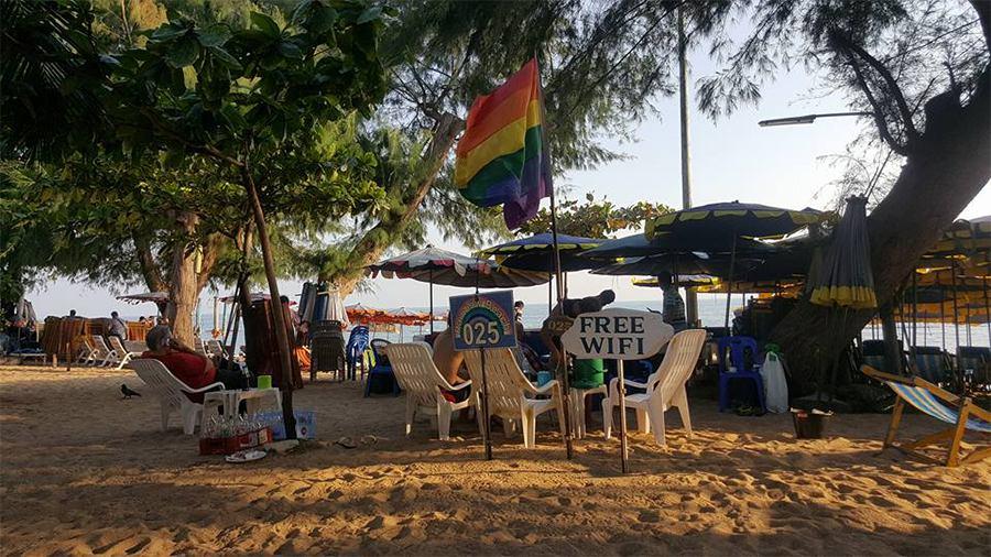 Dong Tan Beach-things to do in pattaya beaches-thailand5