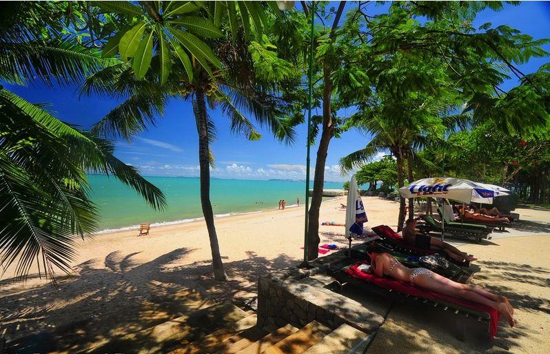 Naklua Beach -things to do in pattaya beaches-thailand