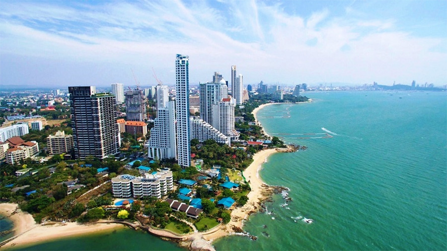 Wong Amat beach-things to do in pattaya beaches-thailand