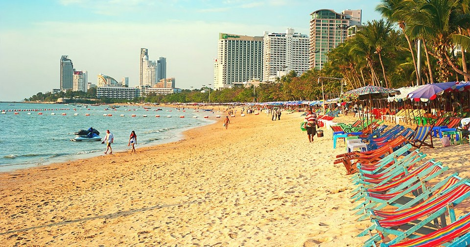 pattaya beach-thailand-best things to do in pattaya beaches1