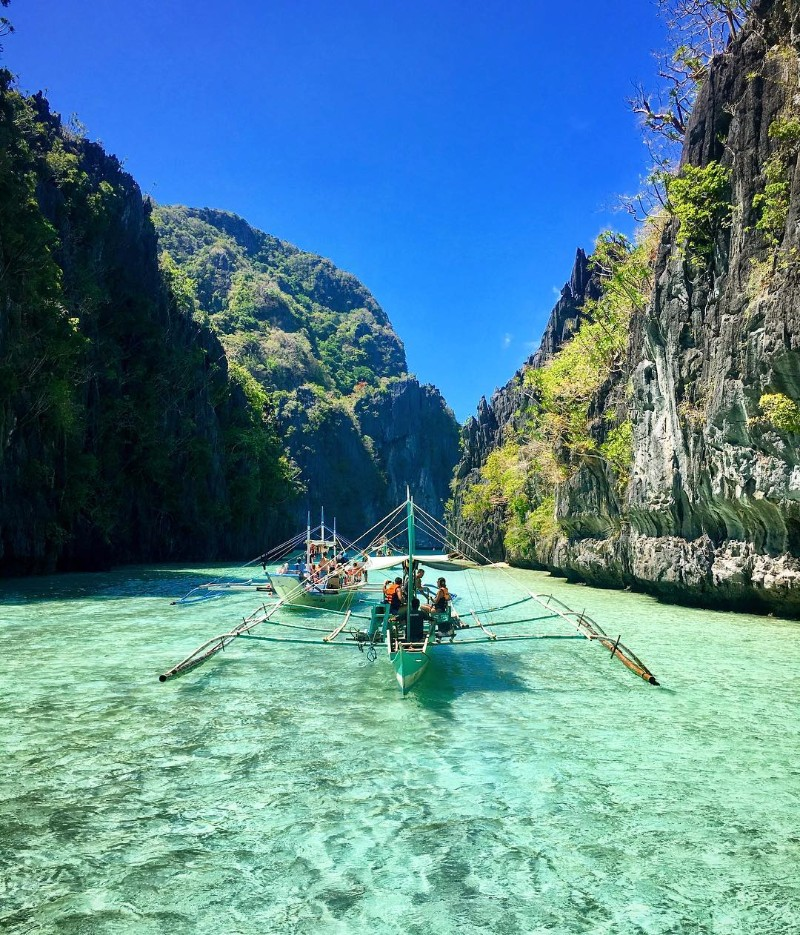 palawan-most beautiful islands in Southeast Asia best islands in southeast asia best islands in se asia most beautiful islands in southeast asia