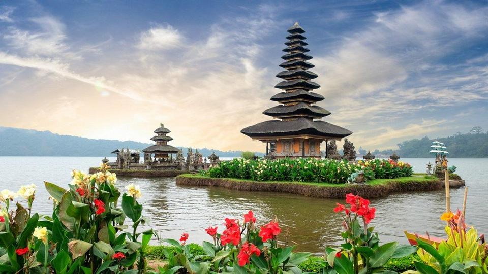 Bali-most beautiful islands in Southeast1 Photo: best islands in se asia blog.