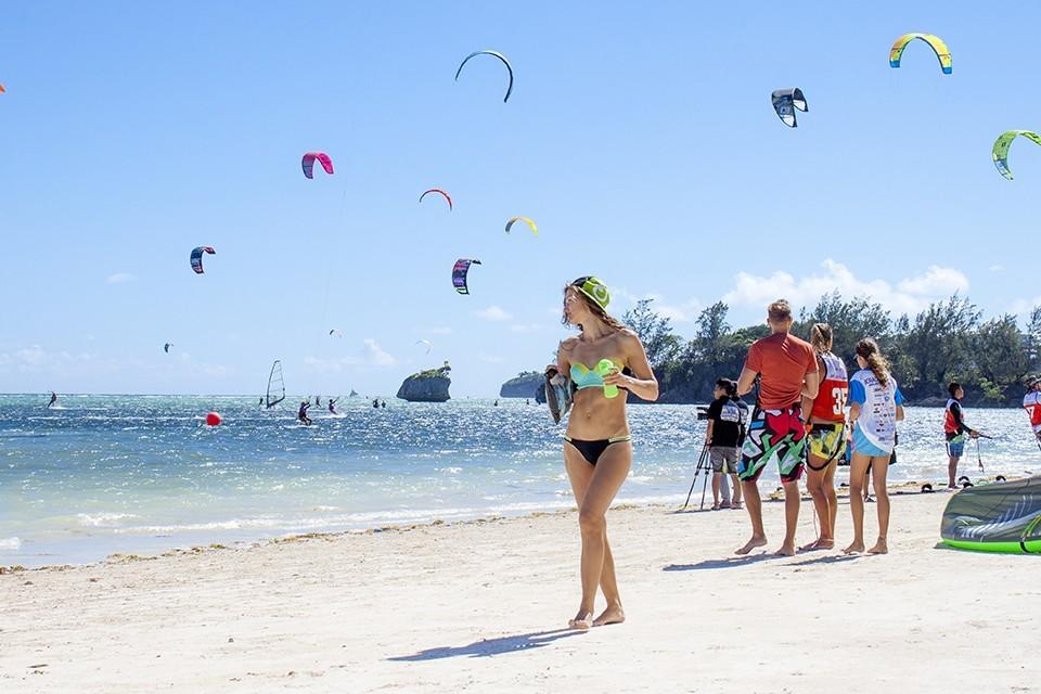 Boracay-most beautiful islands in Southeast Asia7