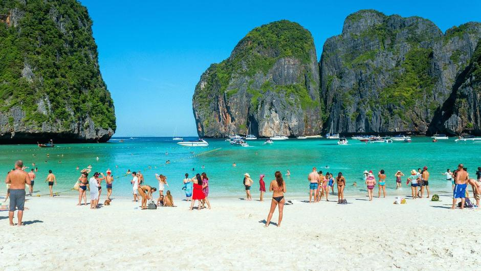 Koh Phi Phi-most beautiful islands in Southeast Asia5