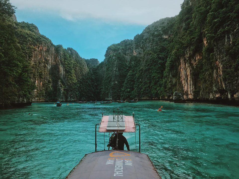 Koh Phi Phi-most beautiful islands in Southeast Asia7