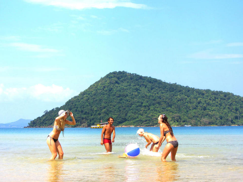Koh Rong Samloem-most beautiful islands in Southeast Asia9