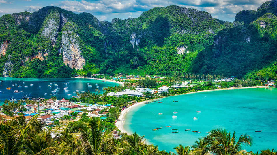 Phi Phi-most beautiful islands in Southeast Asia1