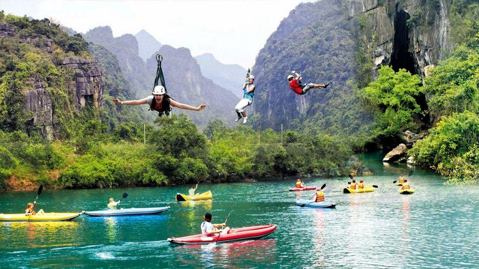zipline-Phong nha ke bang-quang binh1 zipline vietnam zipline in vietnam zipline đà lạt zipline quảng bình
