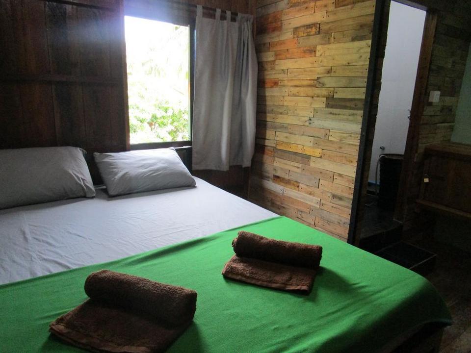 Bong's guesthouse-m'pai bay2