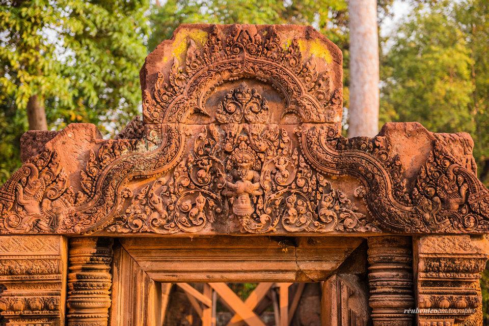 Banteay-Srei-Temple 23