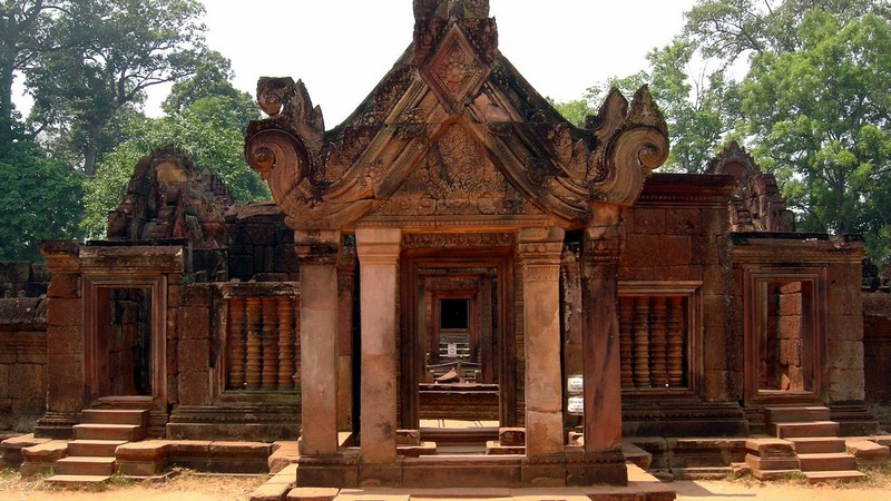 Banteay Srei Temple, citadel of beauty