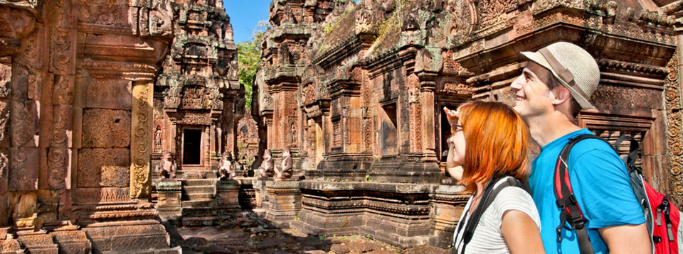Banteay Srei Tourists