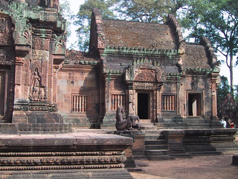 banteay_srei_temple_by_citizenfresh-d34xf3p