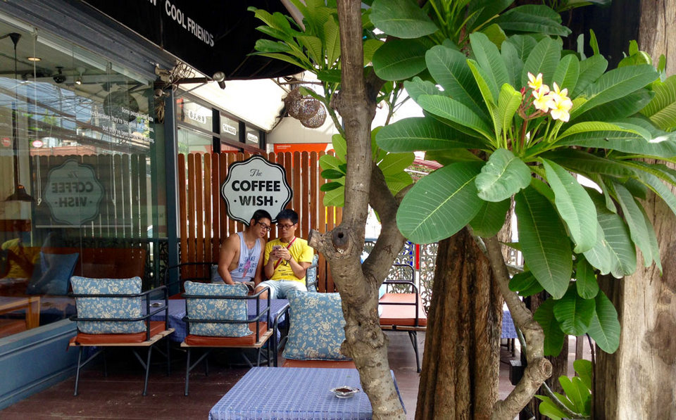 best cafes in chiang mai old city