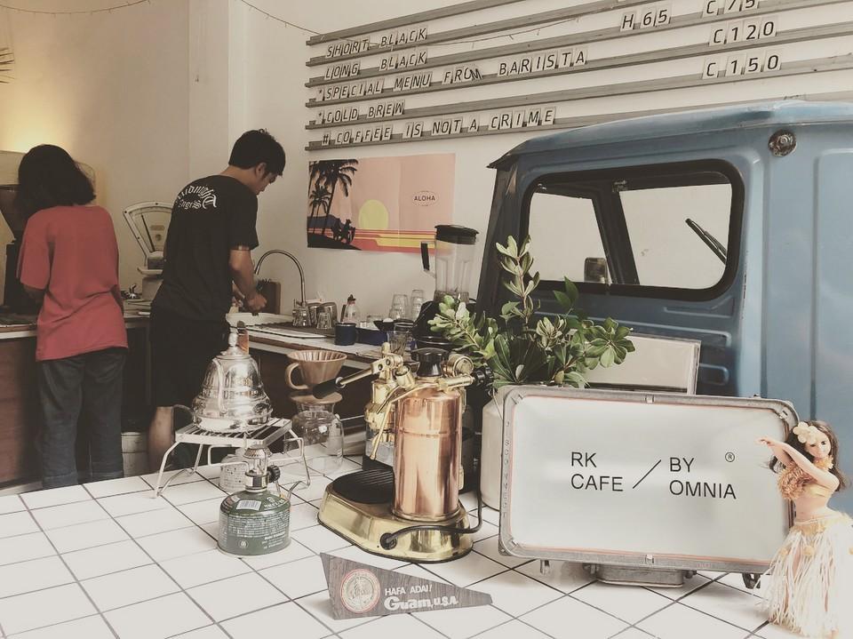 Omnia Cafe & Roastery-chiangmai-thailand9