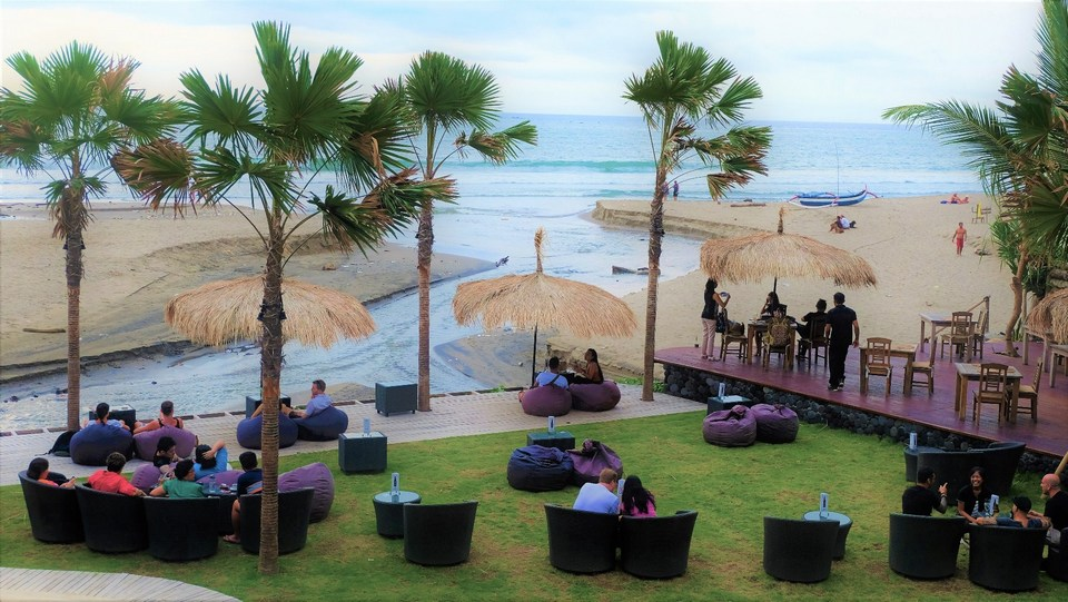 seminyak-beach-resort in bali-places to stay when coming to bali for the first time7