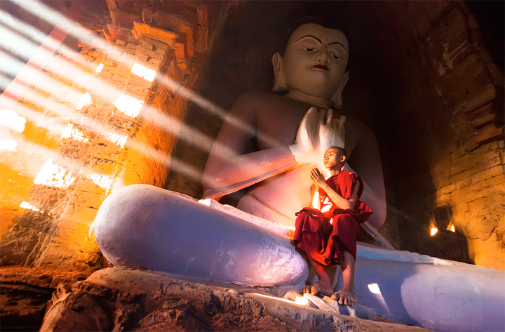Rapture-Monk-Temple-Light-Rays-Buddha-Bagan-MAG1