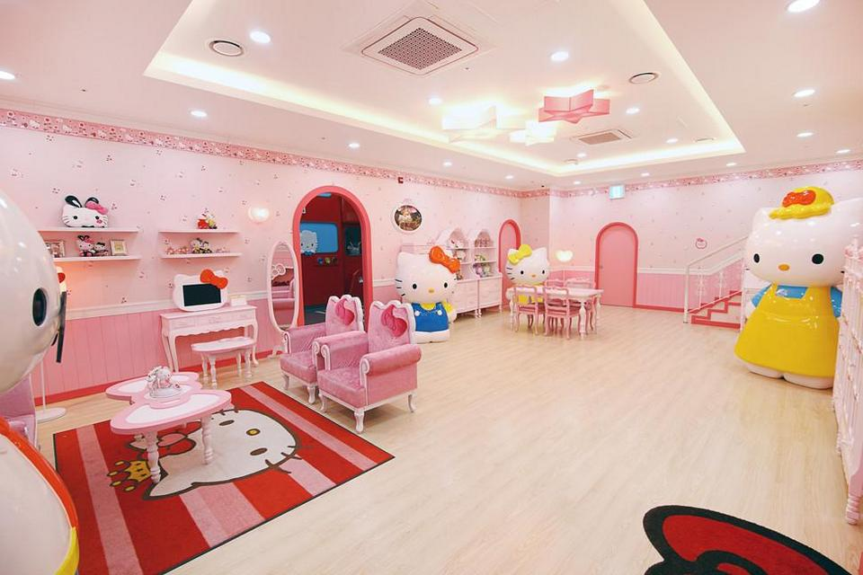 Hello Kitty Island-korea1