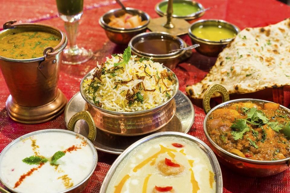 Taste of India- Indian Restaurant in Singapore3 Image by: little india singapore restaurant guide.