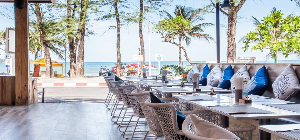 The Royal Palm Beach Front - Hotel in Patong is located just a few step from the famous Patong Beach, Phuket, Thailand