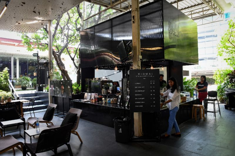 Try the feeling of death at this Bangkok coffee shop7