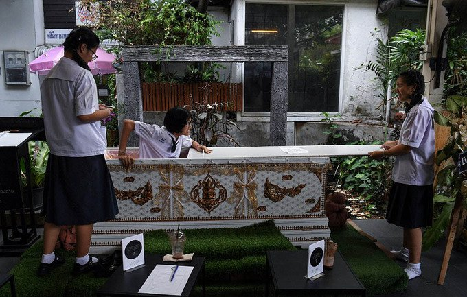 kid mai death cafe kid mai death cafe bangkok 2