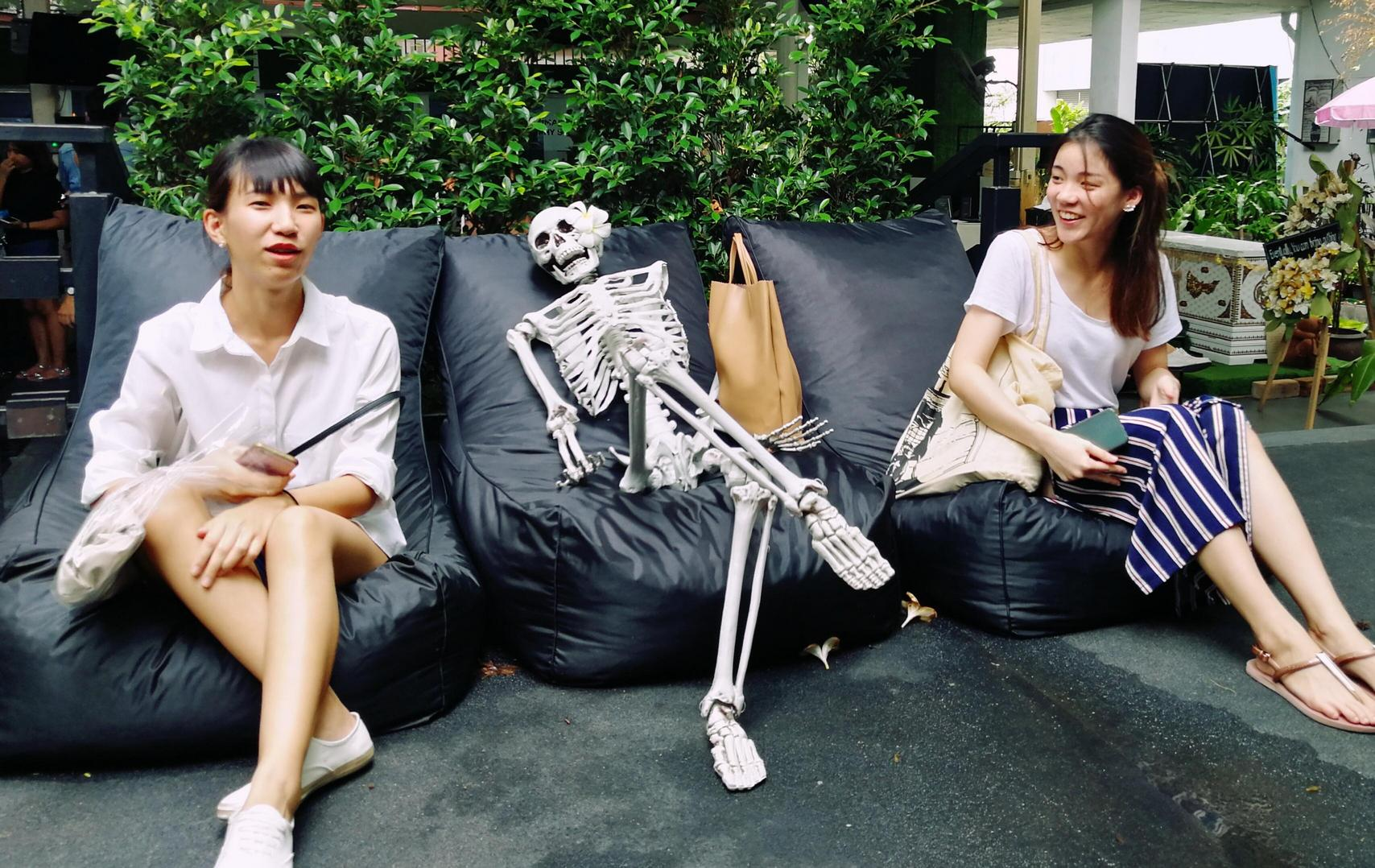 Try the feeling of death at this Bangkok coffee shop