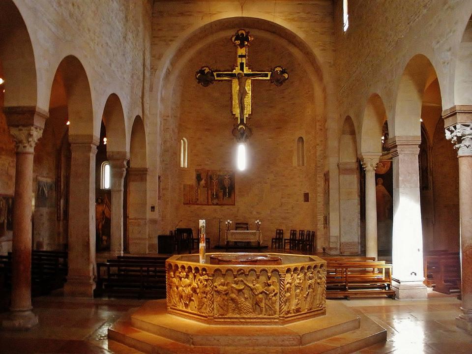 Santa Maria Matricolare1