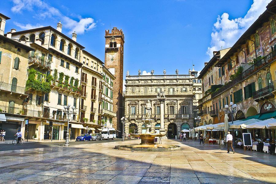 Visit Giulietta's home - Romeo's lover12
