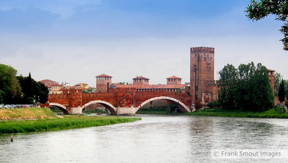 37-castelvecchio-bridge-verona2
