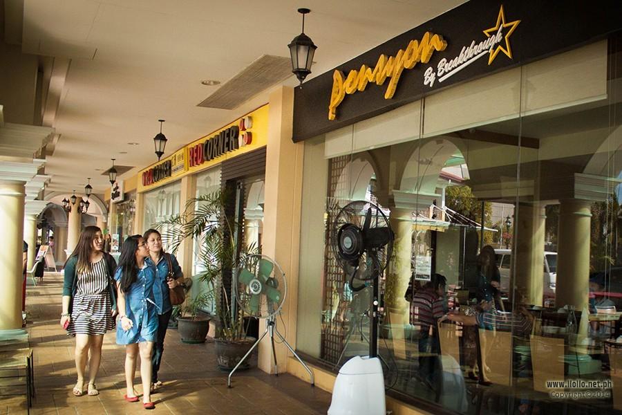 Ponsyon restaurant by Breakthrough2