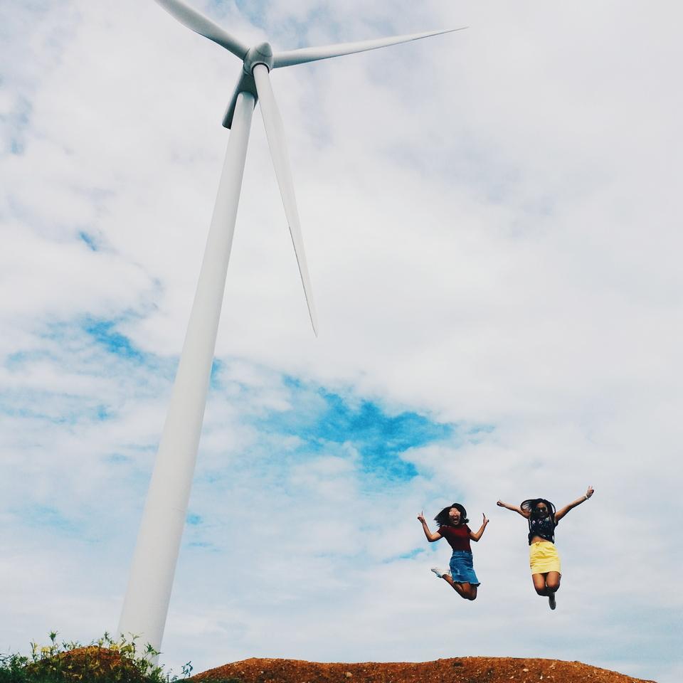 Wind farm-iloilo-philipine2