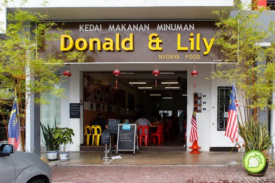 Donald and Lily Nyonya-malaysia