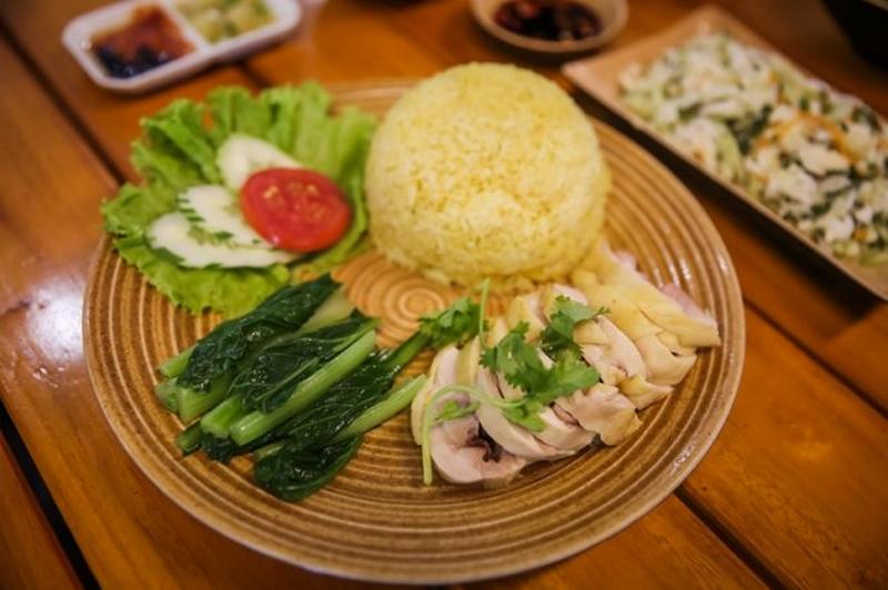 Hainanese chicken rice-melaka-malaysia