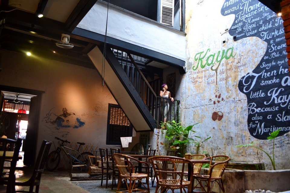 Rebecca-saw-kaya-kaya-cafe-melaka-review
