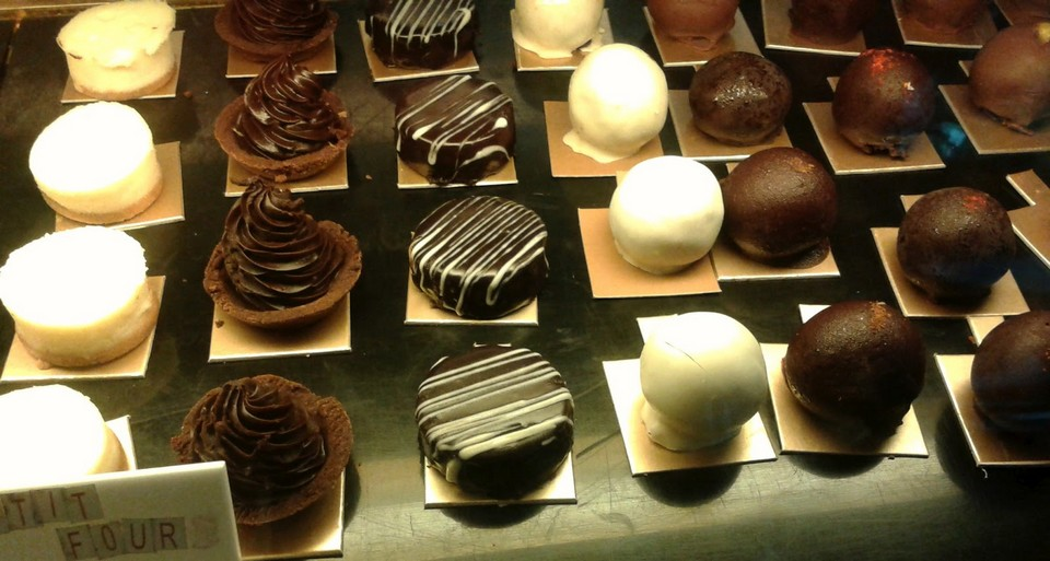 best chocolate shop in chennai best chocolate in chennai SANDY'S CHOCOLATE LABORATORY