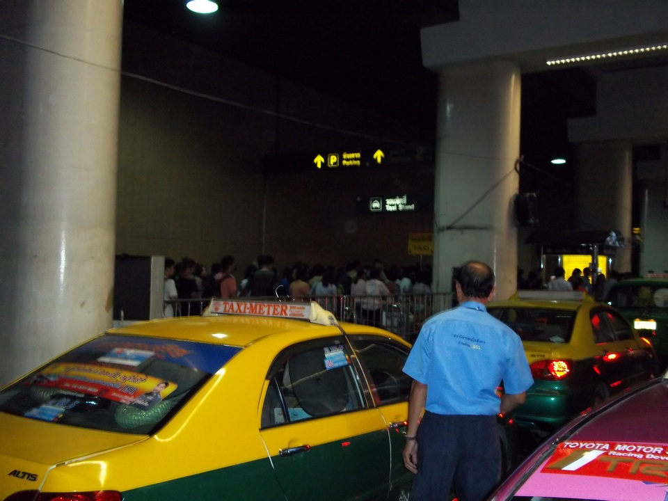 Taxi from Don Muang Airport-bangkok-thailand1