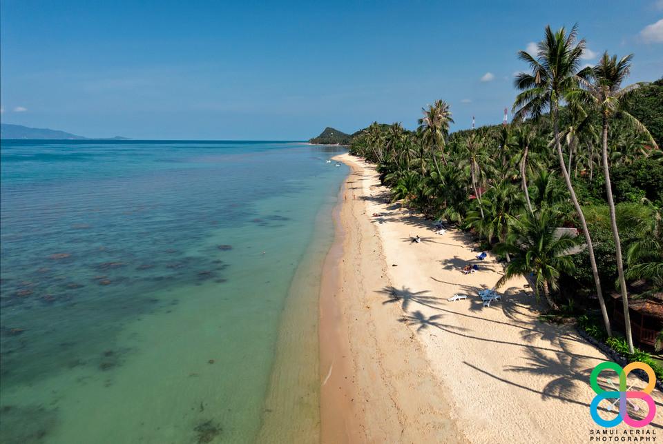 Bang Por Beach Koh Samui with very long beach