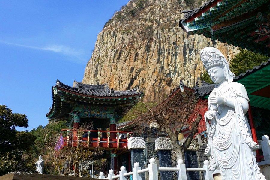 Sanbangsan Temple, Jeju Korea