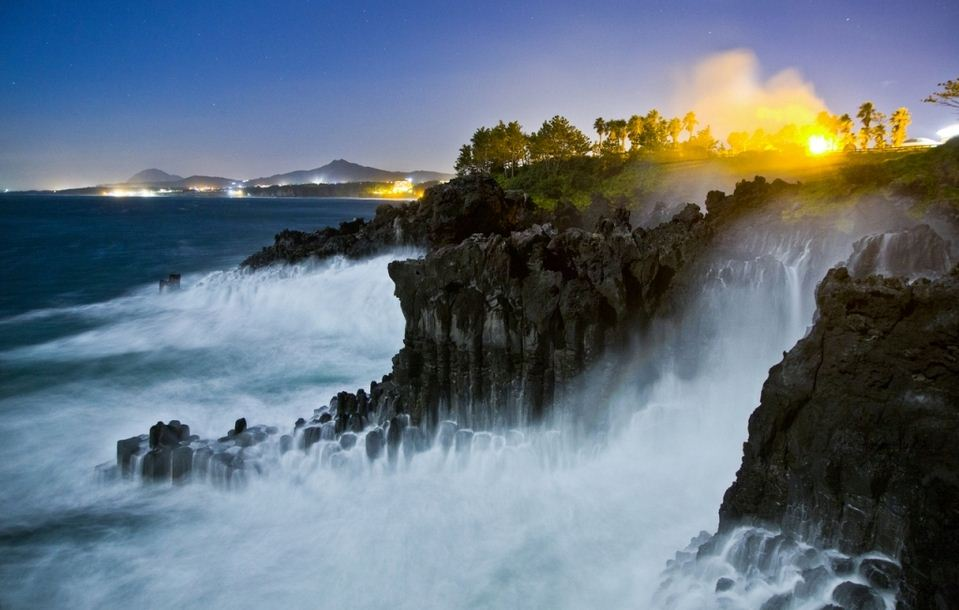UNESCO-Jeju_Early-Morning-of-Jusangjeolli-Cliff